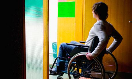 При каких условиях дают инвалидность при межпозвоночной грыже